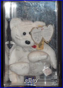 Ultra Rare Ty Signed Authenticated Ty White Shooting Star Beanie Baby Mint